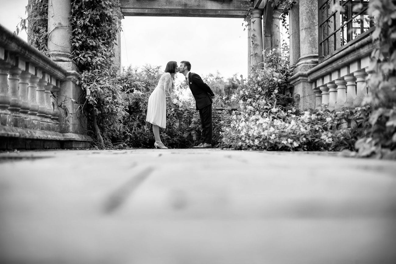 Hampstead pergola couple portraits